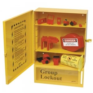 Armario para una selección de accesorios de bloqueo etiquetado
