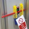 Sistema de bloqueo de disyuntores de 480-600 V