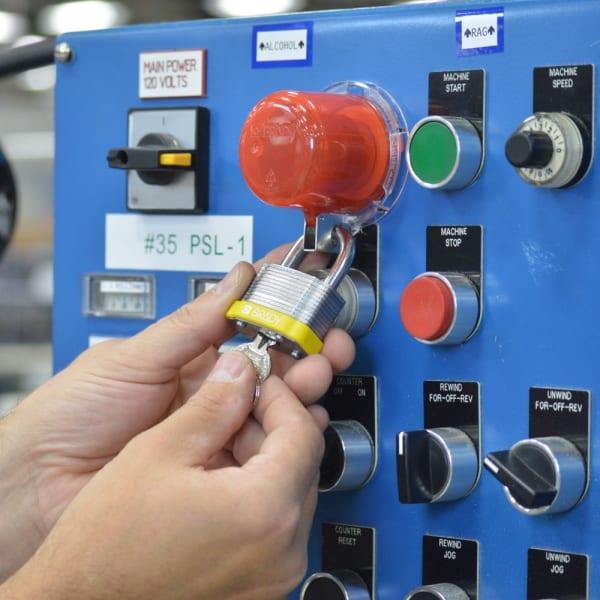 Twist and Secure™ cubiertas de seguridad para pulsadore